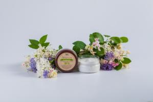 Крем для лица с гиалуроновой кислотой и маслом чайного дерева для жирной и проблемной кожи